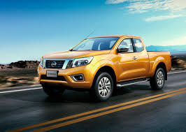 nissan renault car 2015 nissan np300 navara photo gallery autoblog