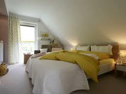 schlafzimmer mit schr ge modern wohnideen schlafzimmer mit schräge schrge gestalten