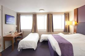 Premier Inn Basingstoke West Up To  Off Book Now - Premier inn family rooms