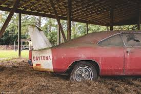 how much does a 69 dodge charger cost 1969 dodge charger found in alabama shed sells for 90k at auction