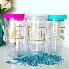 container polterabend die besten 25 bridesmaid cups ideen auf trauzeugen