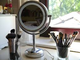 bright light magnifying mirror best illuminated makeup mirror 2018 best reviewer