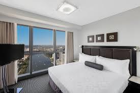 2 Bedroom Accommodation Adelaide Meriton Suites Adelaide Street Brisbane 2017 Prices Reviews