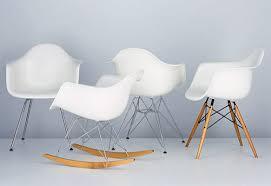 chaise à bascule eames fauteuil bascule eames great fauteuil bascule design ides de