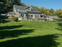 Beautiful Home Beautiful Home With Huge Lawn On Lake Nebag Vrbo