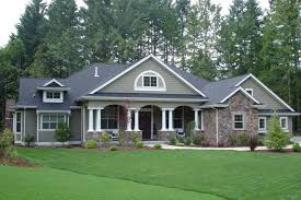 Farm Style House by Traditional Style House Plan 4 Beds 3 Baths 3500 Sq Ft Plan 132