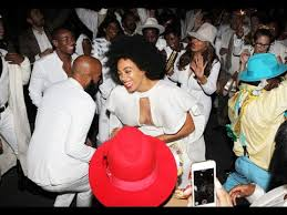 wedding dress solange knowles revealed watch the bride and