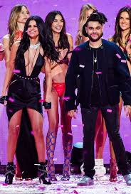Selena Gomez The Scene Hit The Lights The Weeknd And Selena Gomez Are U0027falling For Each Other U0027 Daily