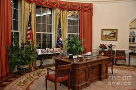 oval office paintings new white house look trump gives the oval