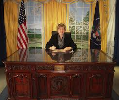 Desk In Oval Office by Not Your Typical Trophy Wife Visitng The Oval Office