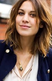 Frisuren Mittellange Haar Ovales Gesicht by Die Besten 25 Schulterlanges Haar Ideen Auf Medium