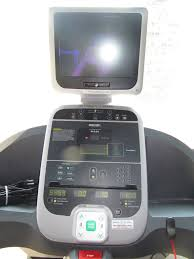 used commercial precor 932i treadmill 1 900 00