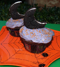 Halloween Cupcakes by Super Easy Halloween Cupcakes