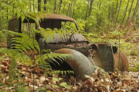 rusty car photography renault rust in peace car wreck rusty car wrecks wrecks rust