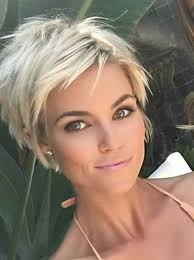 will a short haircut make my hair thicker best 25 short haircut styles ideas on pinterest bobs for thick