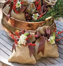 country christmas decorating ideas home 22 country christmas decorating ideas enhanced with recycled