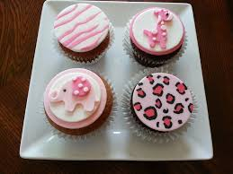 safari style cupcakes for baby shower giraffe zebra print elephant