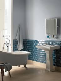 blue tiles bathroom ideas 10 carrelages de couleur pour votre salle de bains fired earth