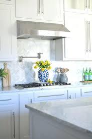 kitchens with tile backsplashes carrara marble backsplash tiles white arabesque kitchen tiles
