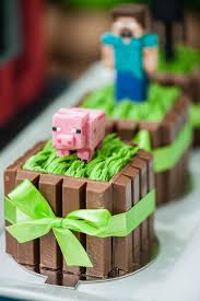 mini cakes from a minecraft birthday party via kara u0027s party ideas
