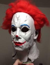 Insane Halloween Costumes Cross Michael Myers Ronald Mcdonald