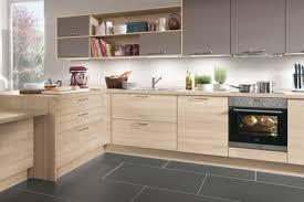 cuisine tout compris cuisine bois des cuisines tendance copier c t maison photo en