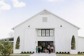 christian wedding planner lean on me eventsthe farmhouse open house lean on me events
