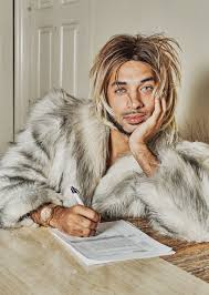 I Sent My Resume To A Scammer A U0027joanne The Scammer U0027 Tv Show Is In The Works Mefeater