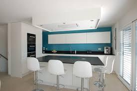 cuisine laquee réalisation cuisine laquée haut de gamme lausanne avec cuisines