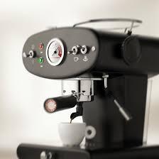designer kaffeemaschinen kaffeemaschinen für kapseln gemahlen und pads illy shop