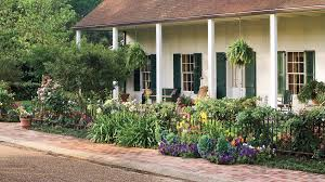 Front Yard Decor 10 Best Landscaping Ideas Southern Living