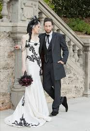 robe de mari e gothique spécial gothique robe de mariée sirène 2017 blanc tache noir