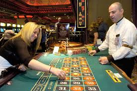 casinos with table games in new york more casino gambling is in the cards for new york gov andrew cuomo