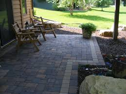 paver patio under deck with boarder accent around the perimeter