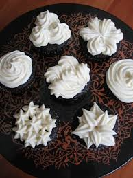 Frosting Recipe For Decorating Cupcakes 368 Best Cupcakes Images On Pinterest Kitchen Desserts And Food
