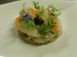 cuisiner le bar de ligne recette de bar de ligne mariné fenouil et confiture d algues la