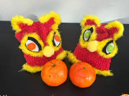 wugs and dooey chinese new year lion sock puppets