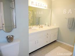 painting ideas for small bathrooms livelovediy easy diy ideas for updating your bathroom