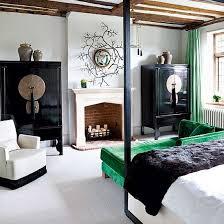 Oriental Style Bedroom Furniture by Best 25 Oriental Bedroom Ideas On Pinterest Fur Decor Bohemian