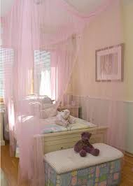 Pink Canopy Bed 15 Stylish Chic And Sophisticated Canopy Beds For Girls