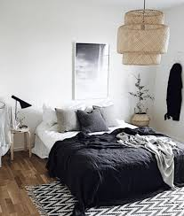 chambre blanc et noir leçon de stylisme idées pour une chambre en noir et blanc leçon