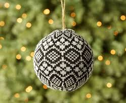 Pottery Barn Christmas Ornaments Canada by 66 Best Christmas Tree Decorating Ideas Images On Pinterest