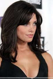 medium length haircut with side bangs shoulder length haircut with