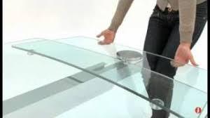 tavoli di cristallo sala da pranzo cosmic tavolo in vetro per sala da pranzo by calligaris