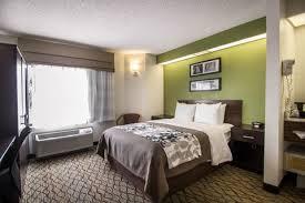 Comfort Suites Miami Springs Standardroomsbedroom17 Jpg