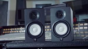 black friday studio monitors studio monitor speaker review yamaha hs5 youtube