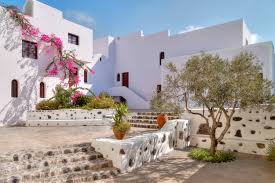 lexus hoverboard hoax or real romance and luxe in santorini hotel vedema vs mystique amble
