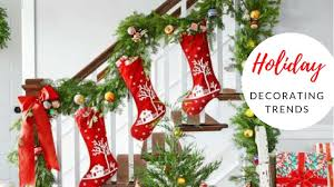 staircase holiday decorating ideas 2017 christmas decorating