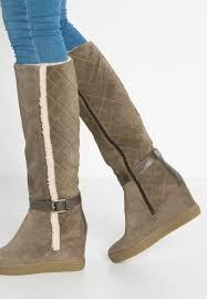 womens boots deals aquatalia shoes for sale boots aquatalia callie winter