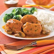 cuisiner des cuisse de poulet hauts de cuisse de poulet sauce chasseur recettes cuisine et